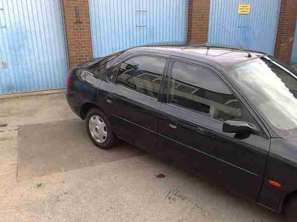 Frord Mondeo Ghia