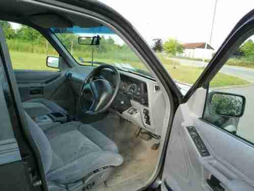 gel ndewagen ford explorer u2 jeep die besten angebote. Black Bedroom Furniture Sets. Home Design Ideas