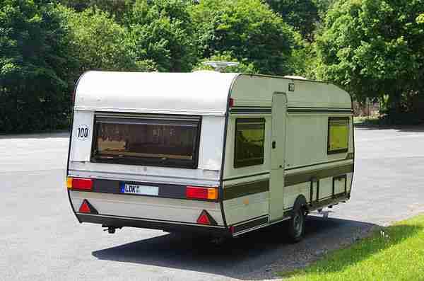 hobby prestige typ 545 mit vorzelt und neuem wohnwagen. Black Bedroom Furniture Sets. Home Design Ideas