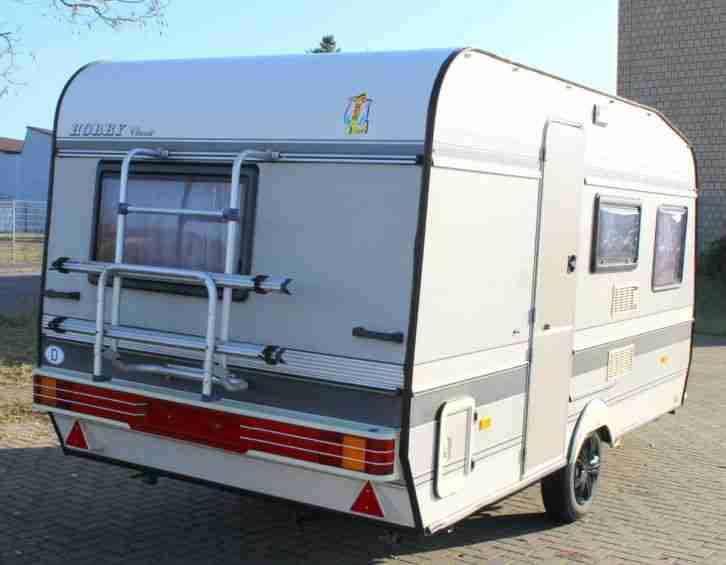 hobby wohnwagen 420 classic t v gas neu mit wohnwagen. Black Bedroom Furniture Sets. Home Design Ideas
