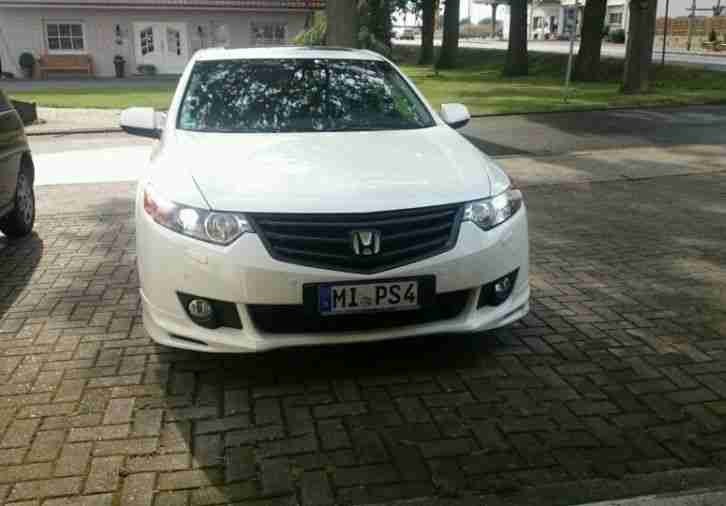 Honda Accord 2.4 Executive Vollausstattung