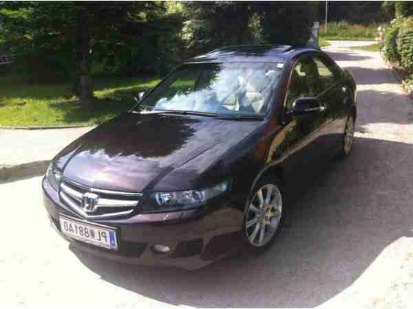 Accord 2, 4 VTec Executive Aut.
