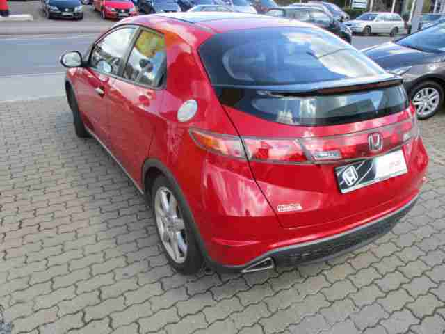 Honda Civic 1.8 Executive