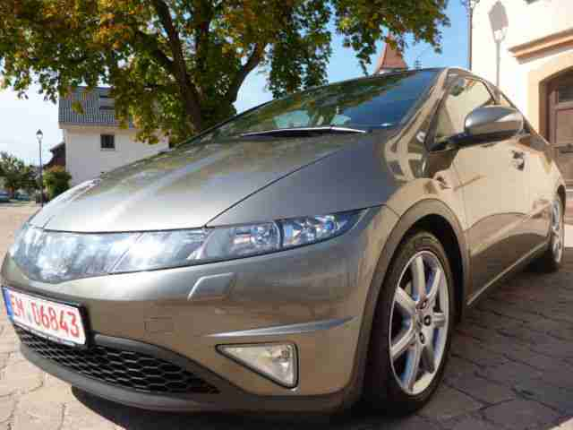 Honda Civic 2.2i-CTDi Executive*Xenon*Panorama*PDC*