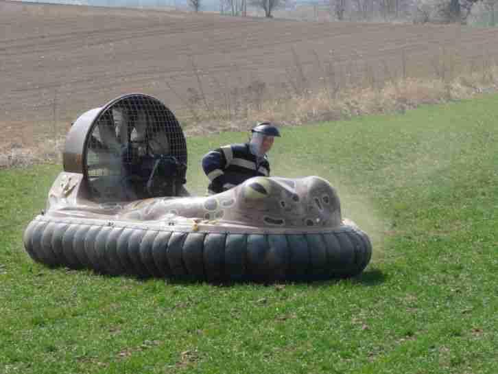 hovercraft luftkissenfahrzeug amphibienfahrzeug. Black Bedroom Furniture Sets. Home Design Ideas