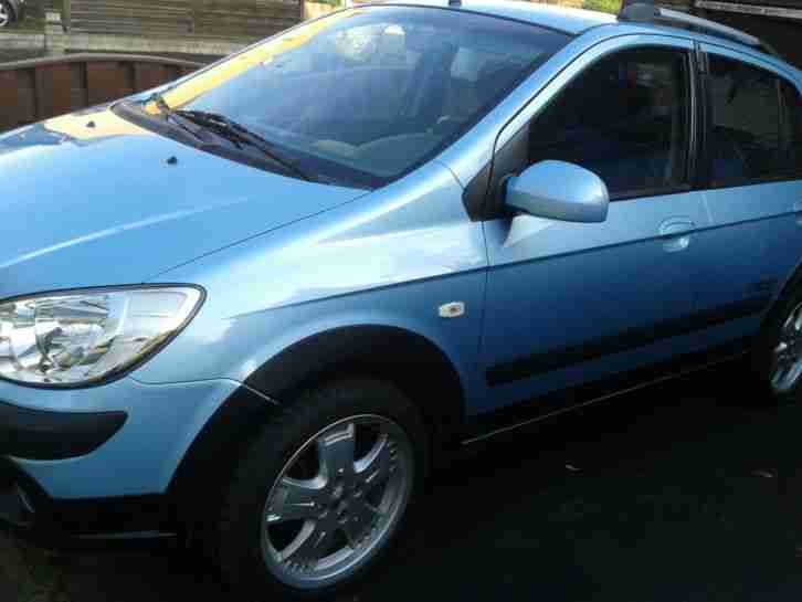 Hyundai Getz Cross 1.4 in Blau Metallic, Mod. 2007, 127.200km, TÜV bis 06/2015