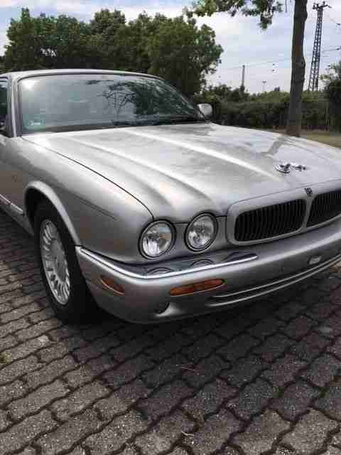 XJ V8 EXECUTIVE 4.0, 3. HAND, DEUTSCHE HISTORIE,