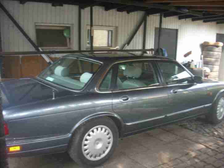 XJ6 3.2 L Sovereign X 300, RHD