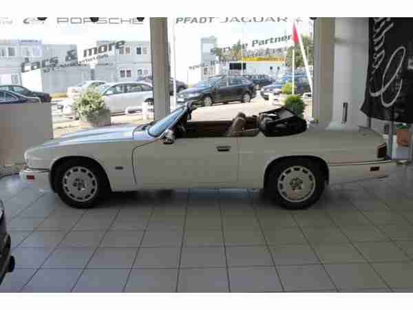 XJS 4, 0 CABRIO CELEBRATION EDITION 1996 WEISS