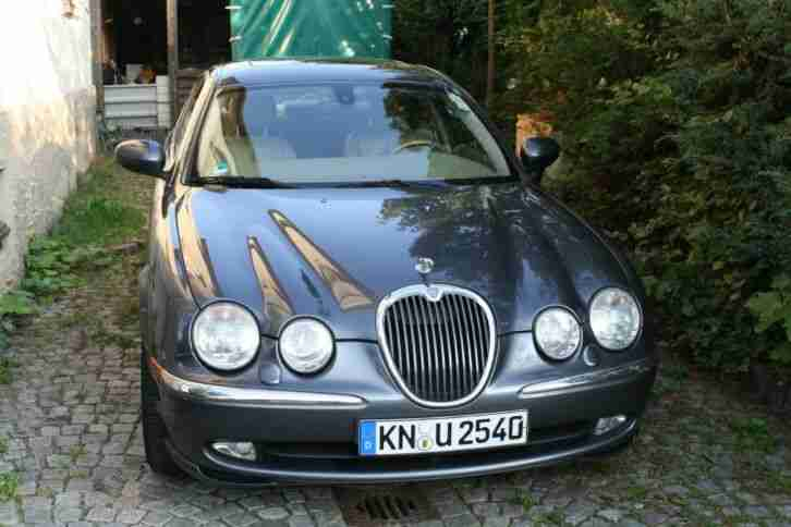 Jaguar S Type 3. 0