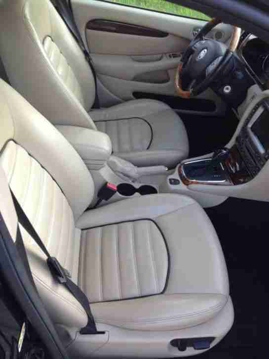 "Jaguar X Type Estate * EXECUTIVE"" * TOP-Zustand * TÜV/AU NEU *"