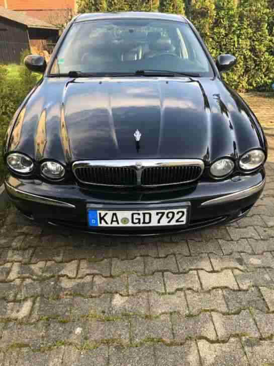 Jaguar X Type V6 2, 0. 156 PS