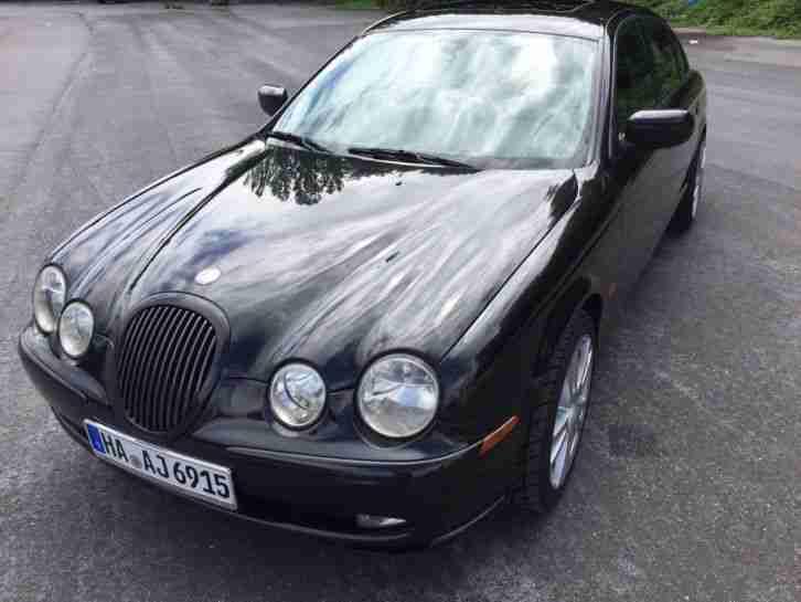jaguar xf 250 ps bj 2010 260k km diesel 3 liter tolle angebote in jaguar. Black Bedroom Furniture Sets. Home Design Ideas
