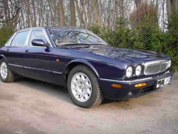 Jaguar XJ8 Sovereign linkslenker 1998 TÜV Leder