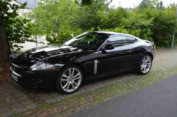 XKR 4.2 Coupe