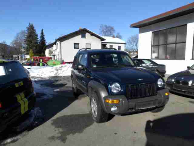 Jeep 2, 8 CRD 1 te Hand