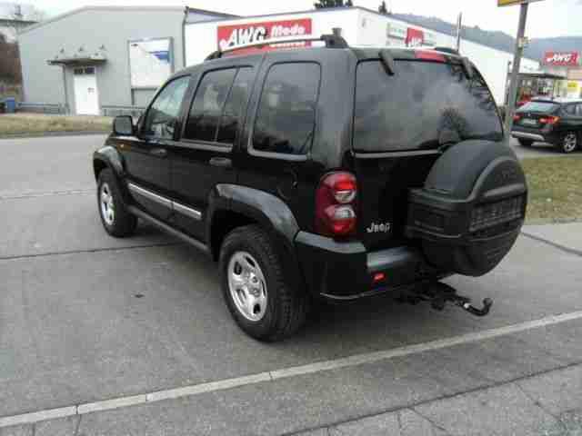 jeep cherokee 2 8 crd limited leder navi angebote dem auto von anderen marken. Black Bedroom Furniture Sets. Home Design Ideas