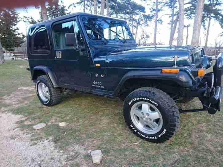 jeep wrangler 2 5 oldtimer bj 1995 2 topseller oldtimer car group. Black Bedroom Furniture Sets. Home Design Ideas