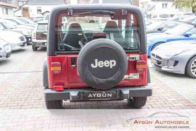 Jeep Wrangler 4.0 Sport / Hardtop & Softtop