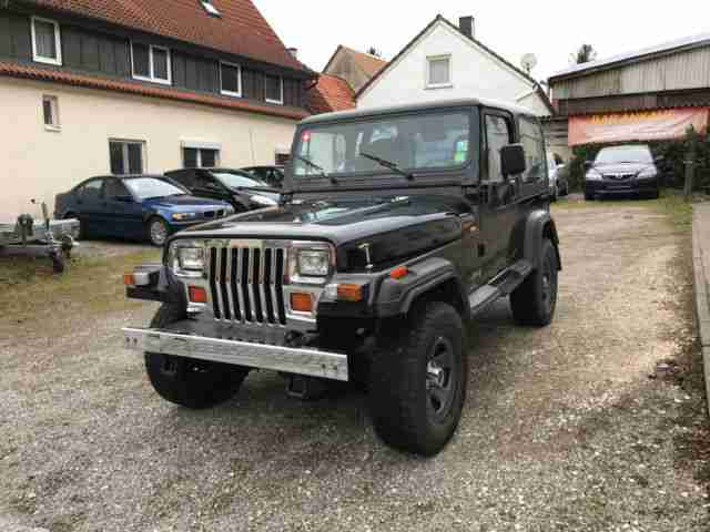 Jeep Wrangler 4.0Nigh Output mit Hardtop , Soft top