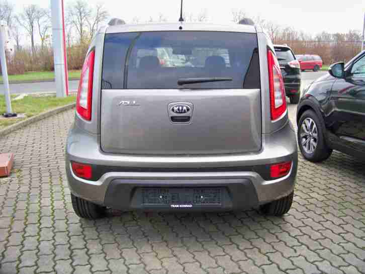 kia soul 1 6 edition 7 vorf hrwagen deutsches tolle angebote in kia. Black Bedroom Furniture Sets. Home Design Ideas
