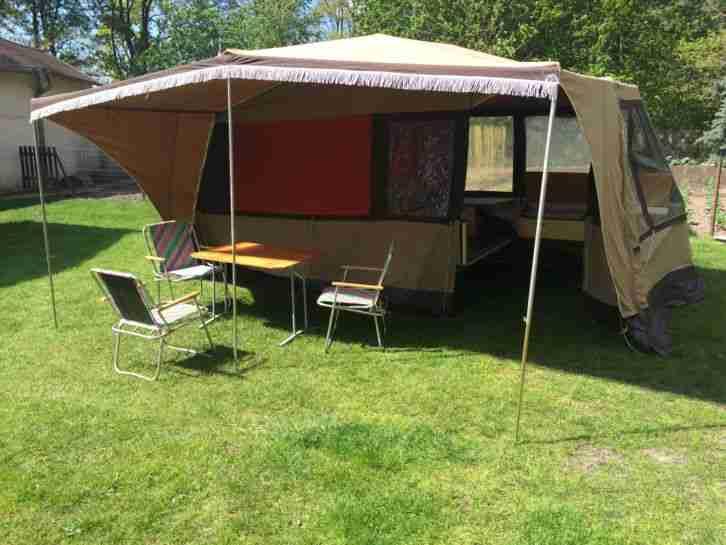 wohnwagen gebrauchtwagen alle wohnwagen camptourist. Black Bedroom Furniture Sets. Home Design Ideas