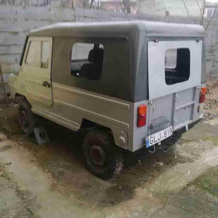 LUAZ 969M 969 4x4 L UAZ - Topseller Oldtimer Car Group.