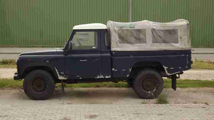 land rover defender 110 lkw pritsche plane tolle angebote in rover. Black Bedroom Furniture Sets. Home Design Ideas