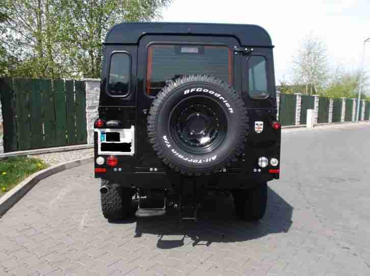 Land Rover Defender Puma