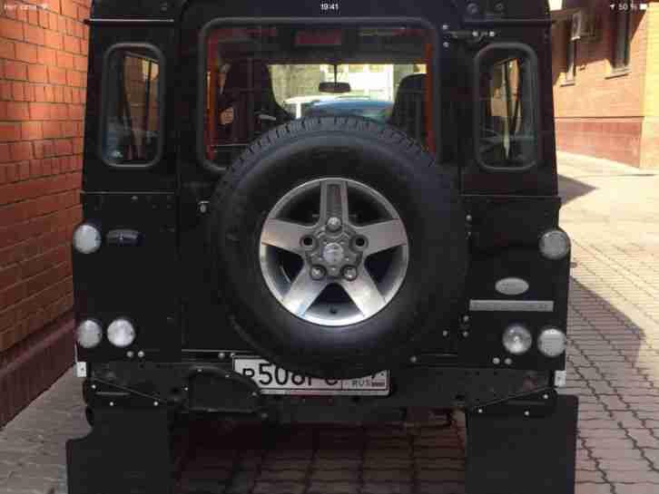 land rover defender svx 90 jubil um model angebote dem. Black Bedroom Furniture Sets. Home Design Ideas