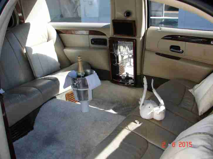 lincoln stretch limousine town car limousine die. Black Bedroom Furniture Sets. Home Design Ideas