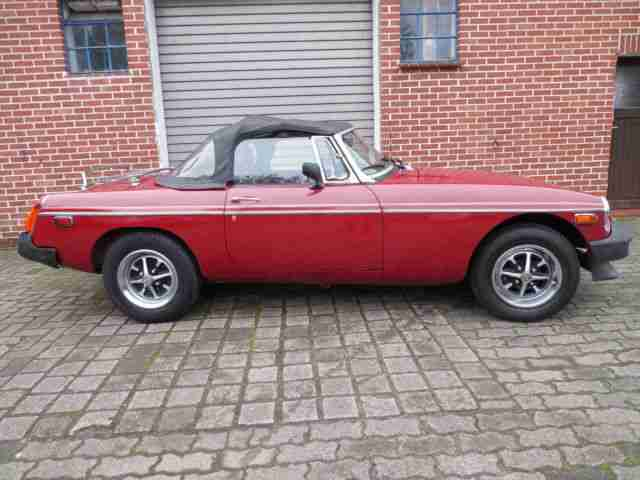 MG MGB Cabrio - super Blechzustand
