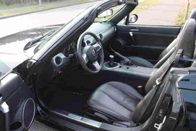 mazda mx 5 1 8 cabrio coupe navi leder beste gebrauchtwagen mazda f r sie. Black Bedroom Furniture Sets. Home Design Ideas