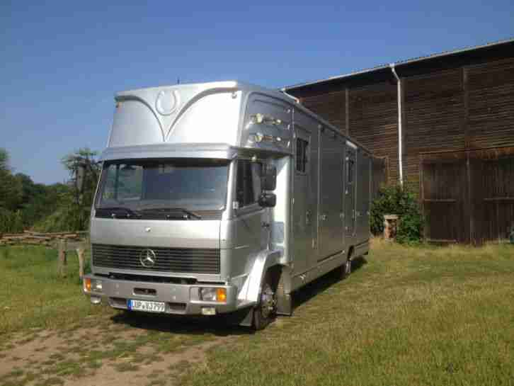 mercedes 817 pferdetransporter niehoff f r 4. Black Bedroom Furniture Sets. Home Design Ideas