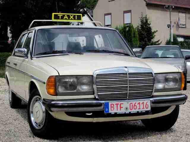 mercedes benz 200 d w123 taxi oldtimer aktuelle angebote mercedes benz fahrzeuge. Black Bedroom Furniture Sets. Home Design Ideas