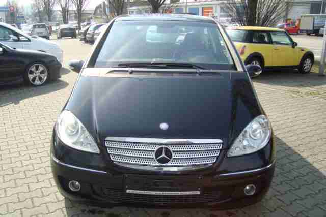 Mercedes Benz A 200 Turbo Autotronic Avantgarde Navi