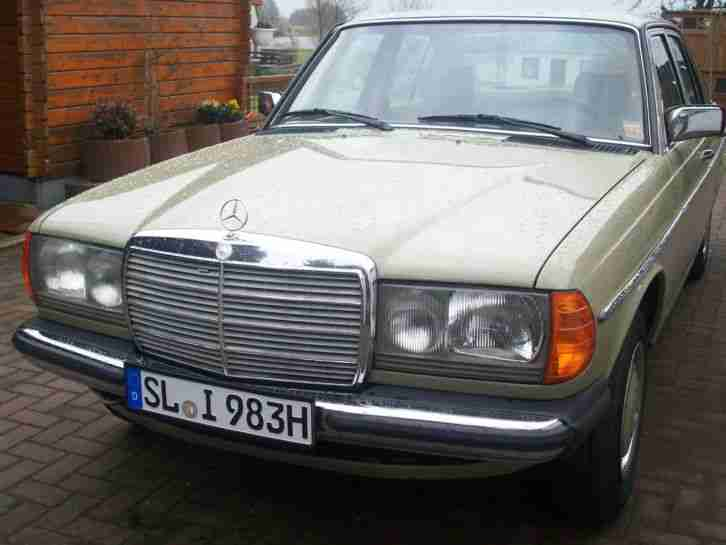 mercedes benz w123 230e top h gutachten topseller oldtimer car group. Black Bedroom Furniture Sets. Home Design Ideas