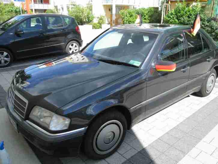 mercedes c klasse limousine c 180 elegance aktuelle angebote mercedes benz fahrzeuge. Black Bedroom Furniture Sets. Home Design Ideas