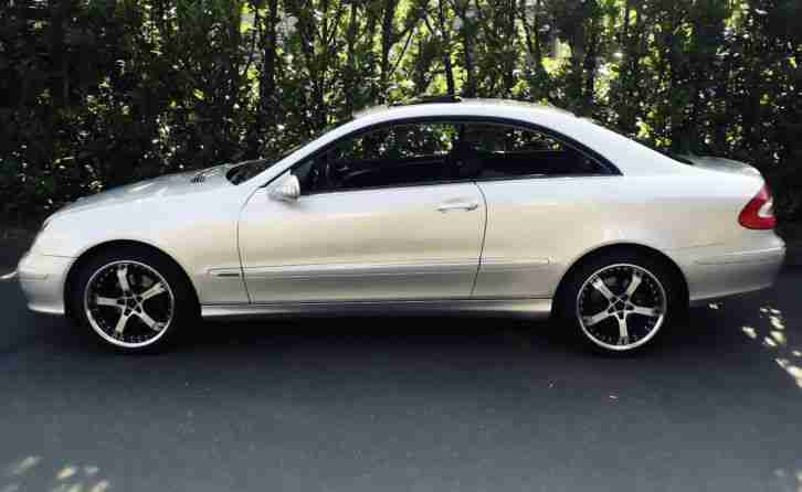 Mercedes CLK Coupe 200 K Elegance Absoluter Topzustand