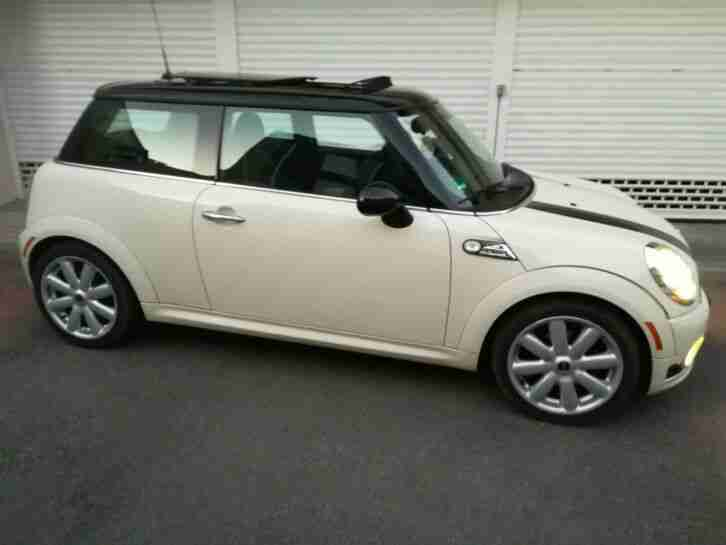 Cooper R56 Hatchback Pepper White Panorama