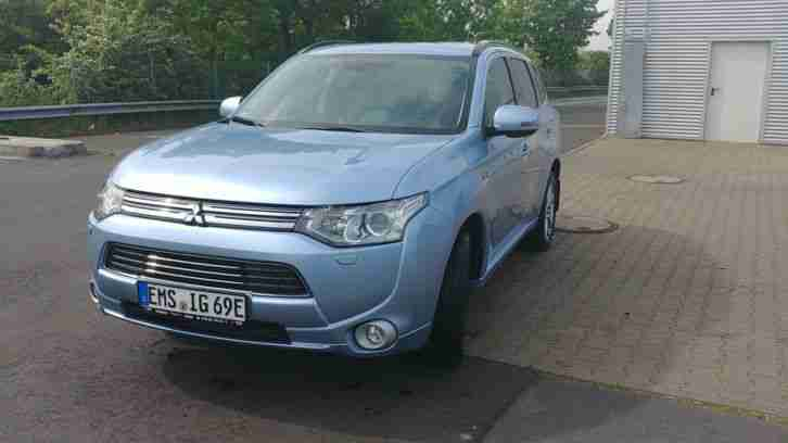 Plug in Hybrid Outlander TOP Version
