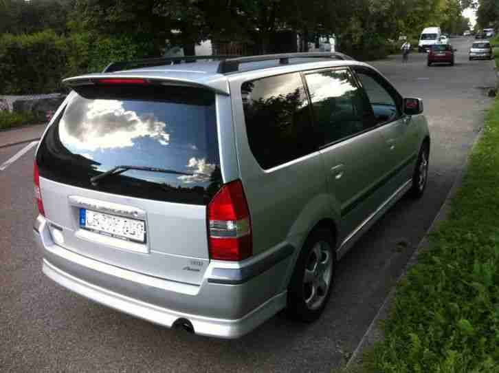 Mitsubishi Space Wagon GDI