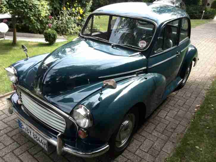 Morris Minor 1000 Saloon , 2 door de Luxe , RHD,