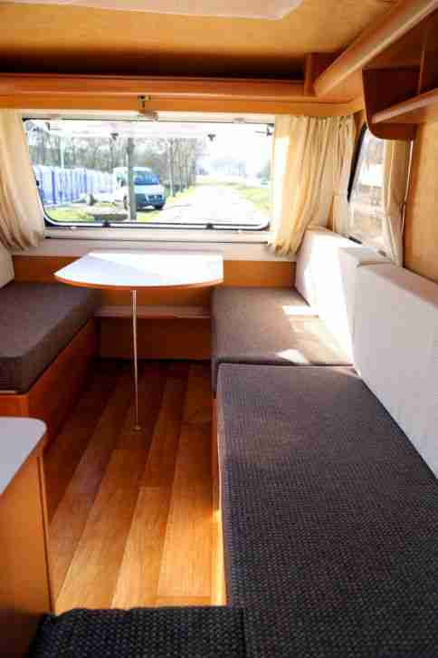 niewiadow wohnwagen 750kg gg camping wohnwagen wohnmobile. Black Bedroom Furniture Sets. Home Design Ideas