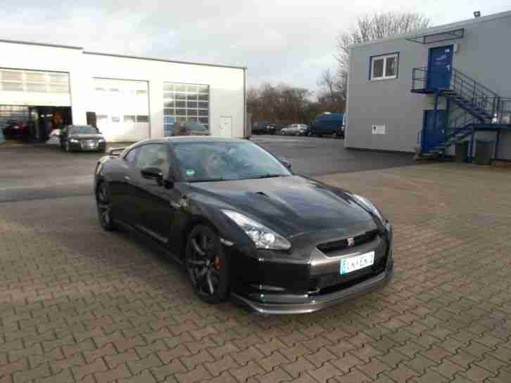 nissan gtr r35 black edition porsche amg m3 rs4 tolle angebote in nissan. Black Bedroom Furniture Sets. Home Design Ideas