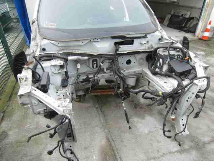 Nissan juke nismo 147kw 1 6 liter rohkarosse tolle for Nissan juke angebote