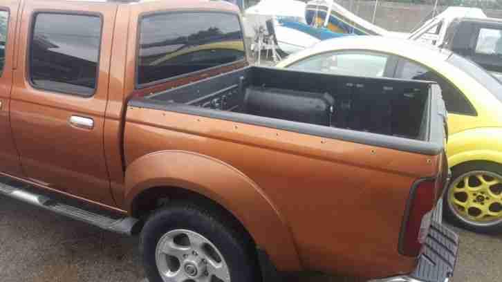 nissan navara pickup d22 2 5l diesel 4x4 tolle angebote in nissan. Black Bedroom Furniture Sets. Home Design Ideas