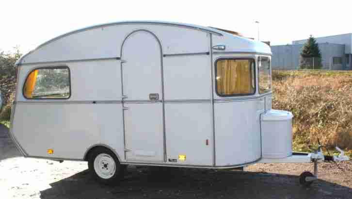 oldtimer wohnwagen constructam coral 1972 mit wohnwagen. Black Bedroom Furniture Sets. Home Design Ideas