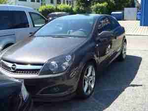 Opel Astra GTC 1.6 Turbo Innovation110 Navi Xe.Le.AHK