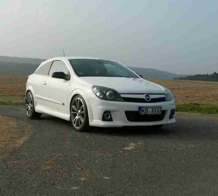 opel astra h gtc turbo 200 ps top zustand opc die. Black Bedroom Furniture Sets. Home Design Ideas